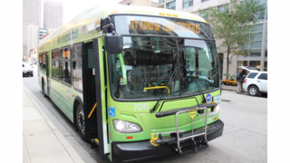 New Flyer Electric Bus Enters Service in Chicago
