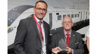 Huber+Suhner Receives Key Supplier Award from Hitachi Rail Europe