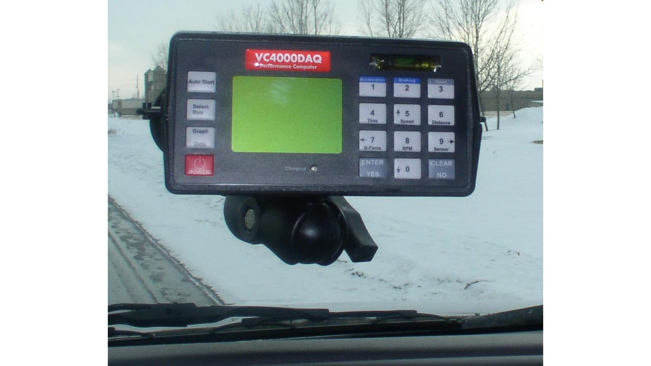 "VC4000DAQ Performance Computer ""Internal 10Hz GPS and ..."