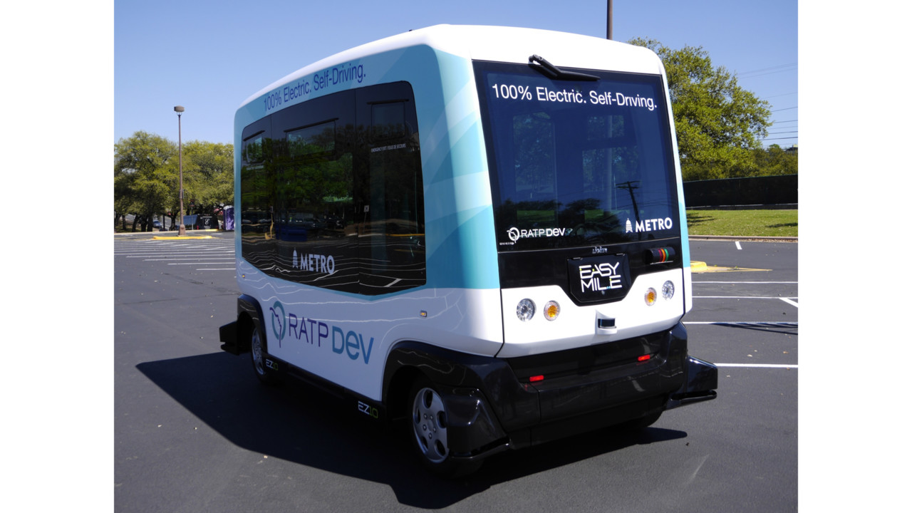 Connecting Smart Buses In Smart Cities Mass Transit
