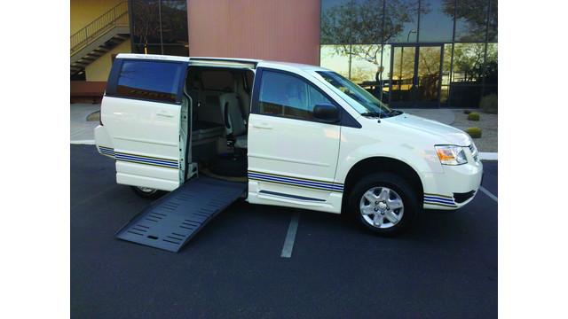Pre-Owned Low Floor ADA-Compliant Mini Vans