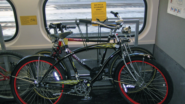 caltrain-bike_10733944.tif