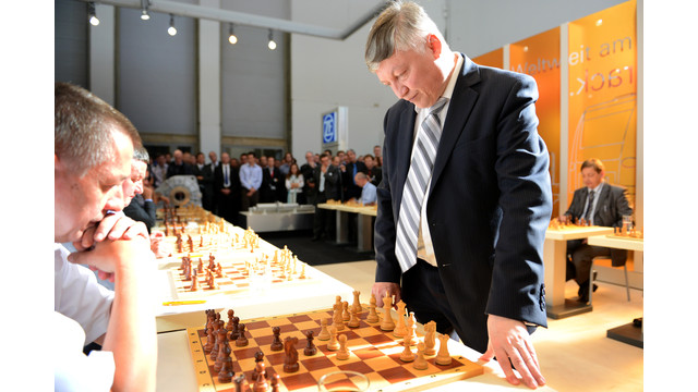 innotrans-zf-chess_10783679.psd
