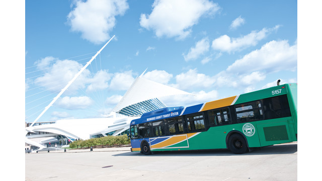 2011-mam-bus-mjs-0310-42_10858482.psd