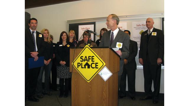 safe-place-news-conference-wit_10911546.psd