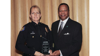 AZ: Phoenix Police Lieutenant Honored with Statewide Transit Award