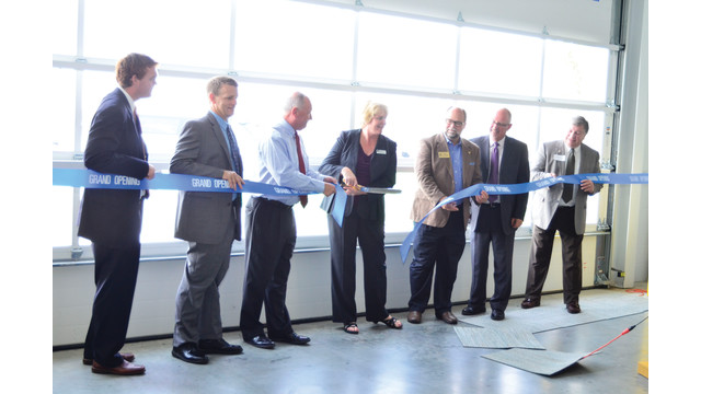 ribbon-cutting-med-res_11188750.psd