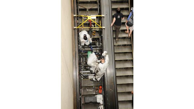 escalator-repair-brookland-040_11288275.psd