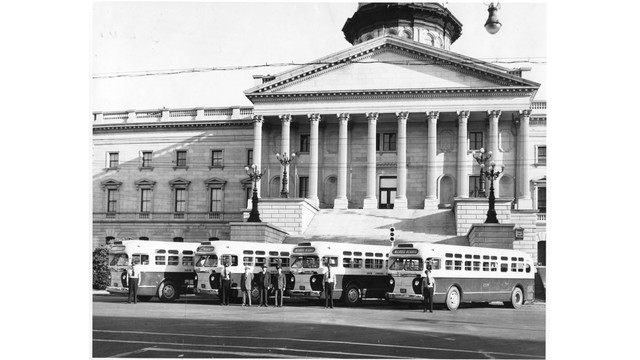 sceg-buses-at-state-house_11406193.psd