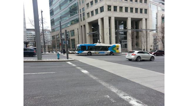 J-Montreal-STM-Nova-Bus.jpg