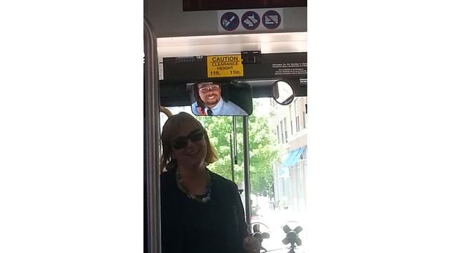 10-SilverLine-Bus.jpg