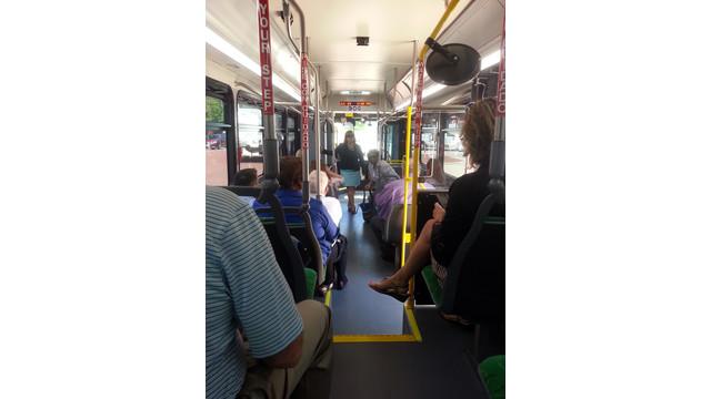 7-SilverLine-Bus-Interio.jpg