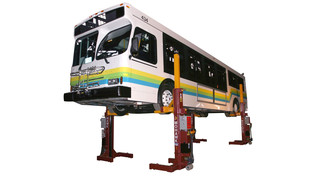 Mohawk Mobile Column Lifts on Display at Expo